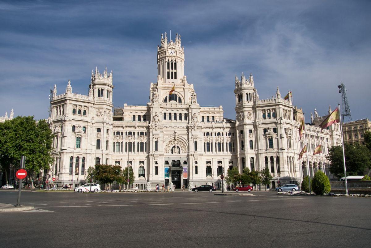 Palacio De Cibeles Madrid 1919 Structurae