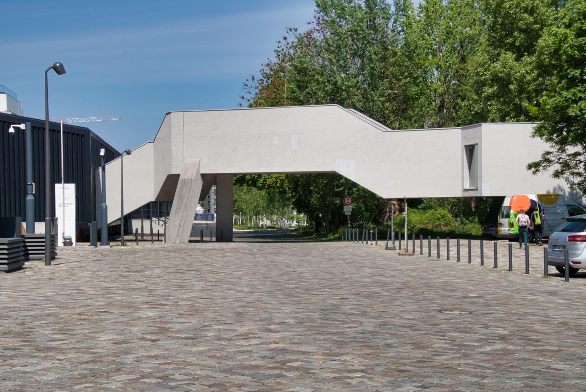 Verbindungsbrücke Rieck-Halle