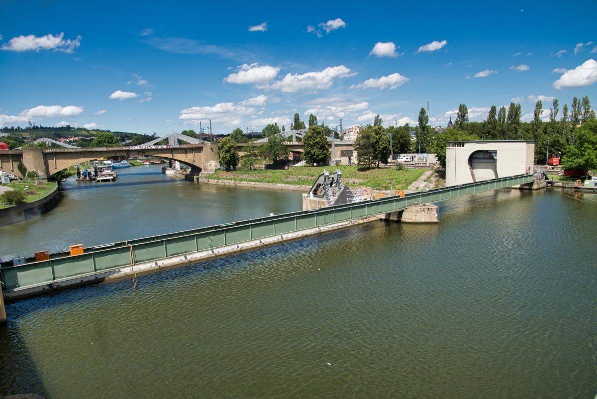 Bad Cannstatt Dam