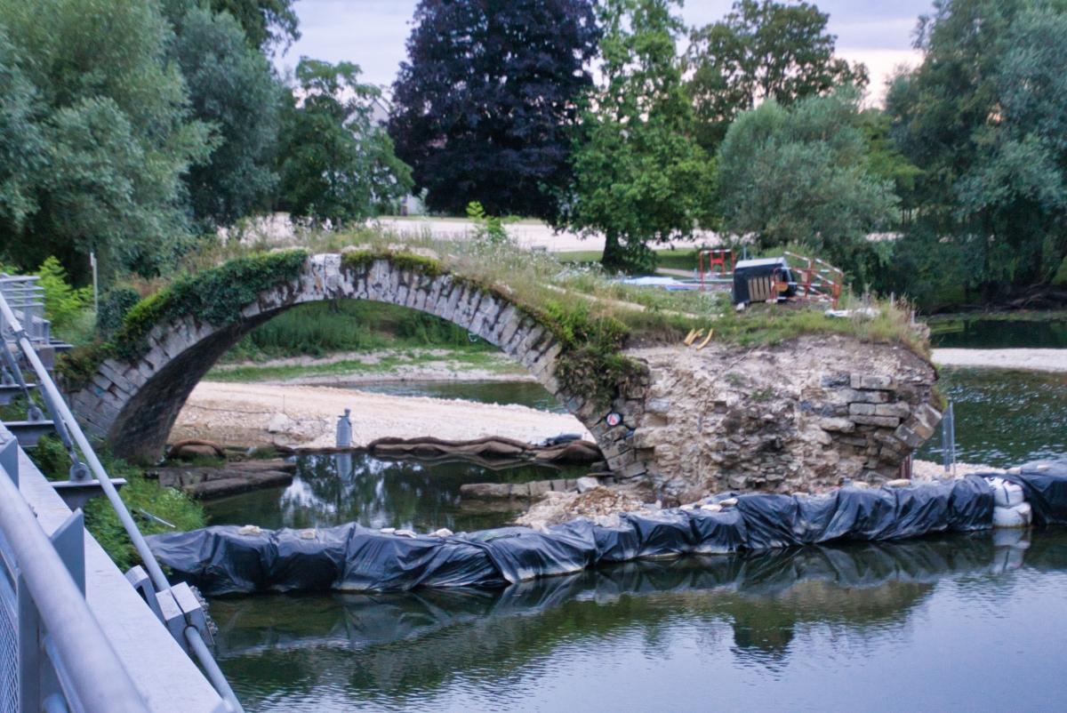 Pont roman de Dole