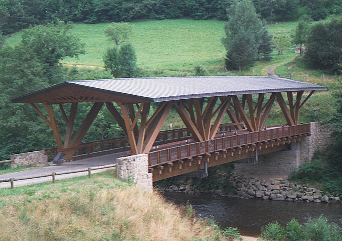 Pont de SaintGervaissousMeymont (SaintGervaissousMeymont, 1993  ~ Construction De Pont En Bois