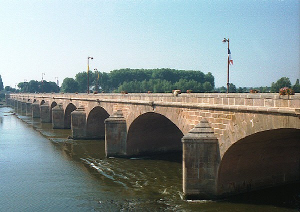 Pont-Neuf, Nevers
