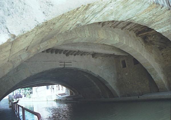Pont des Marchands, Narbonne