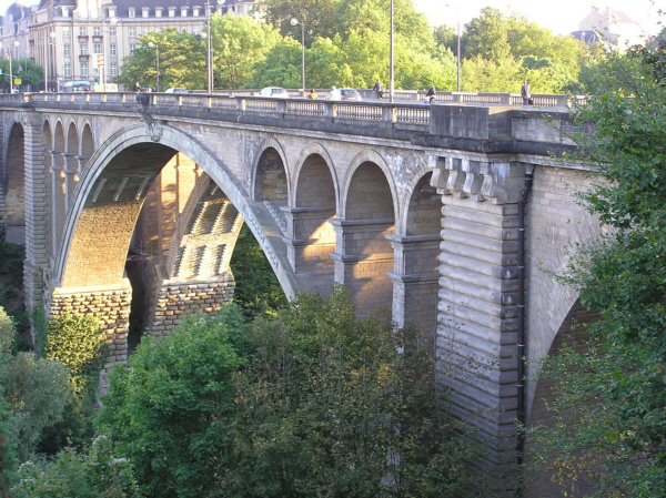 Pont Adolphe (pont-route), Luxembourg