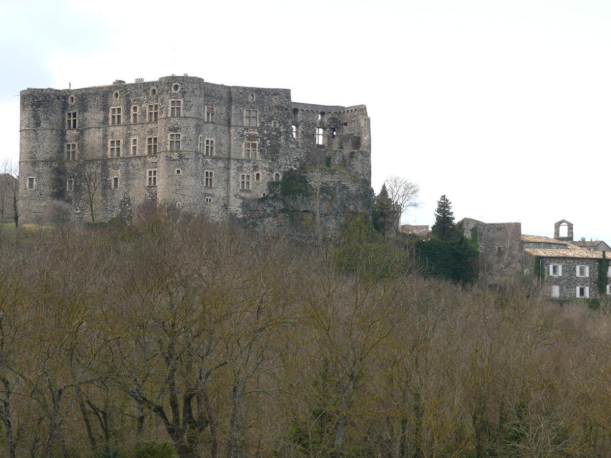 Burg Alba-la-Romaine
