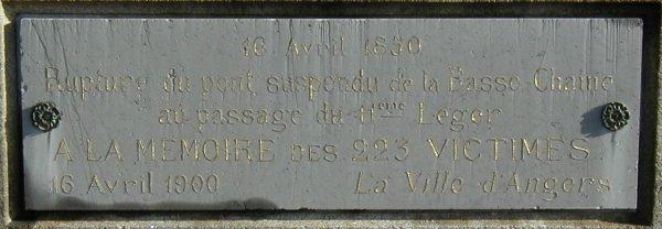 Pont de la Basse Chaîne, Angers.Commemorative plaque.