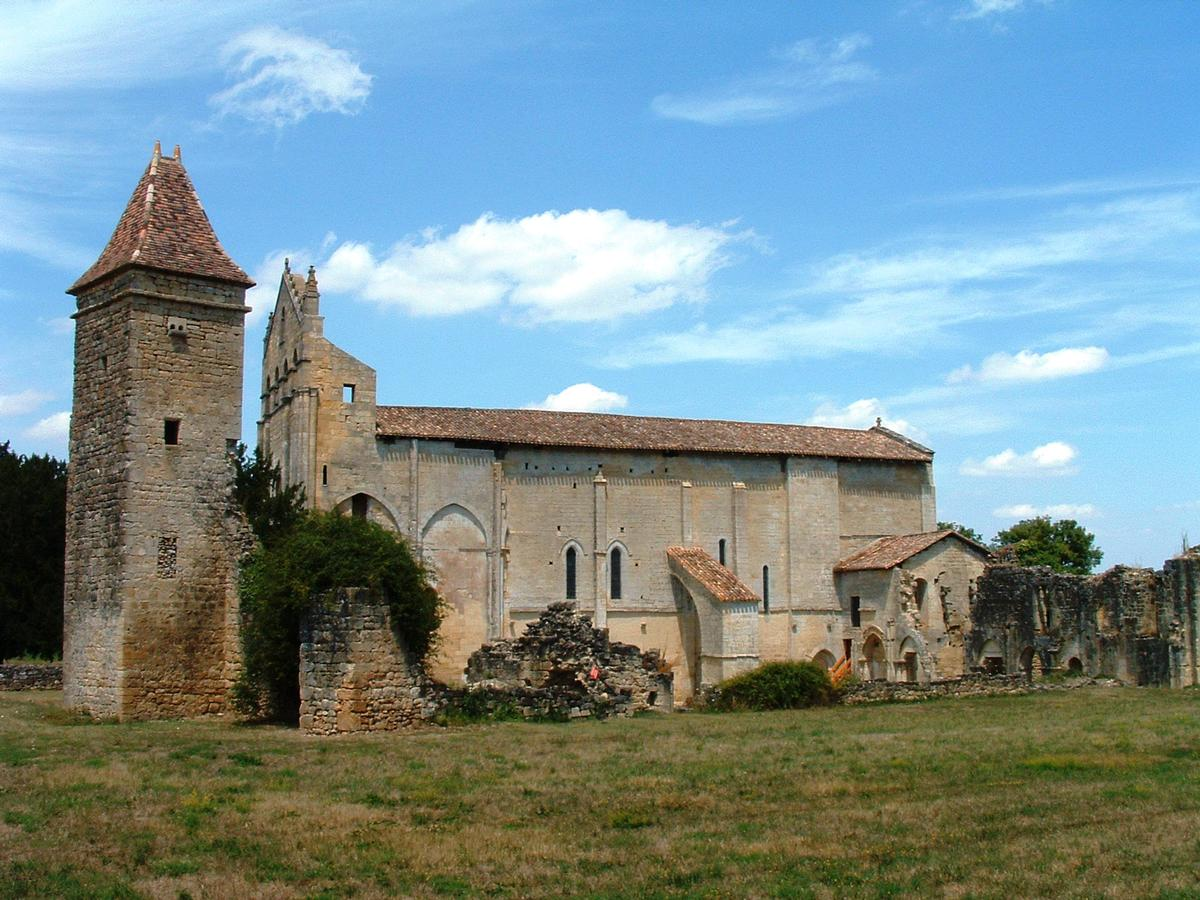 Saint-Nicolas Church, Blasimon.