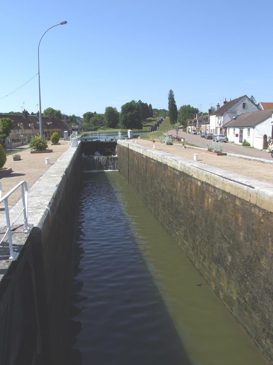 Briare-Kanal in Rogny - Schleuse Nr. 18