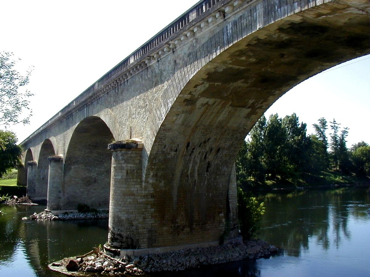 Sainte-Foy-la-Grande Railroad Bridge