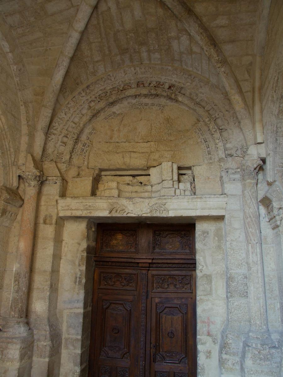 Former Notre-Dame-et-Saint-Paul Cathedral at Saint-Paul-Trois-Châteaux
