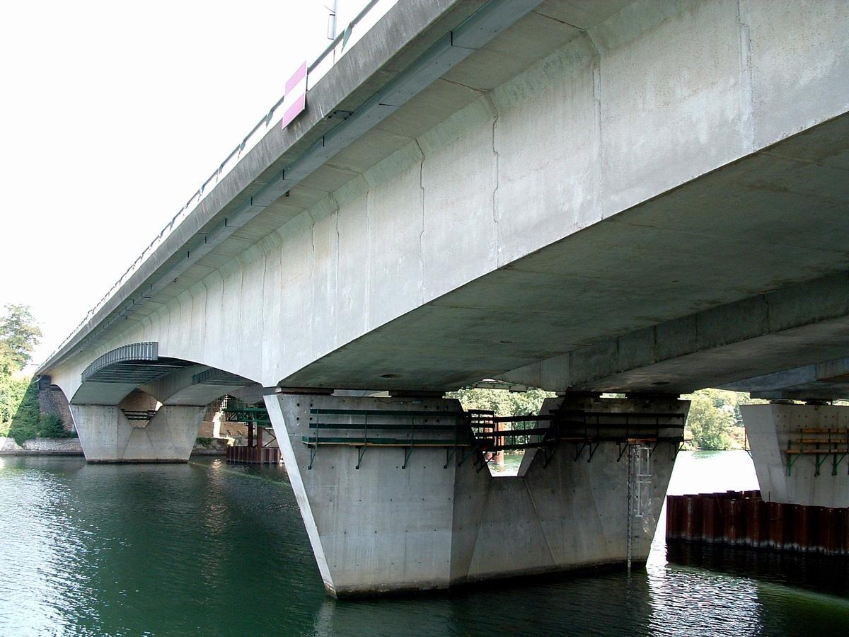 Francilienne - N104Premier pont sur la Seine à Corbeil-EssonnesEnsemble