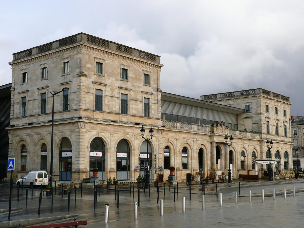 Bordeaux-Bastide Station