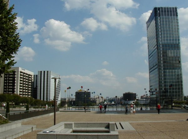 Paris-La DéfenseTour Aventis. View towards Paris