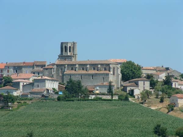 Eglise Saint-Barthélemy, Laplume. Ensemble