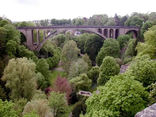 Pont Adolphe, Luxembourg.Ensemble