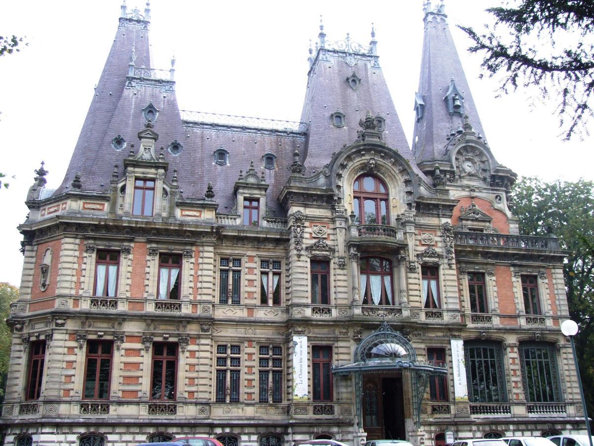 Bar-le-Duc - Château de Marbeaumont (médiathèque Jean Jeukens) - Façade côté rue