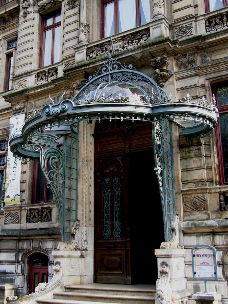 Bar-le-Duc - Château de Marbeaumont (médiathèque Jean Jeukens) - Façade côté rue - Entrée
