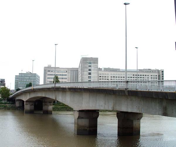 Pont Haudaudine, Nantes.
