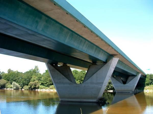 Pont Pierre Bérégovoy (A77), Nevers
