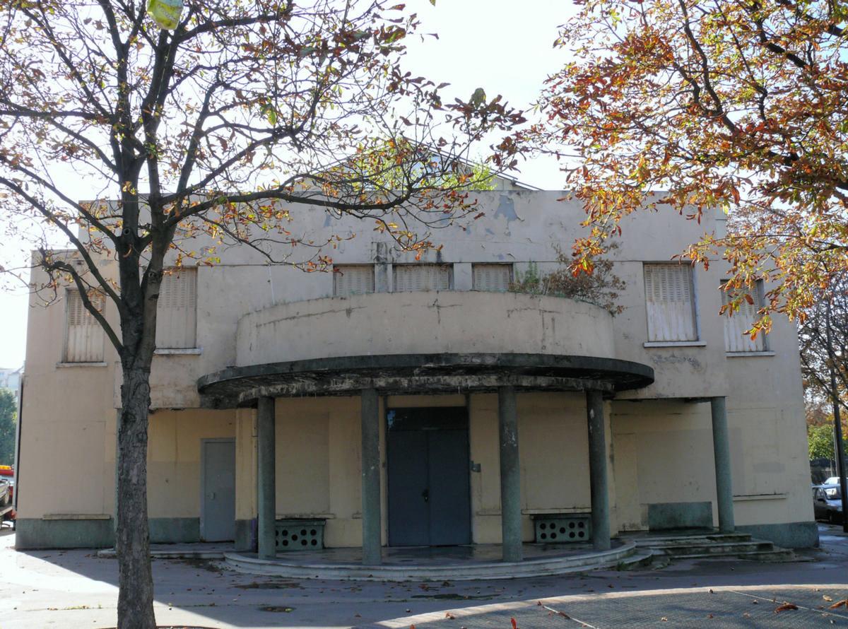 Piscine molitor paris 16 me 1929 structurae for Piscine 16eme