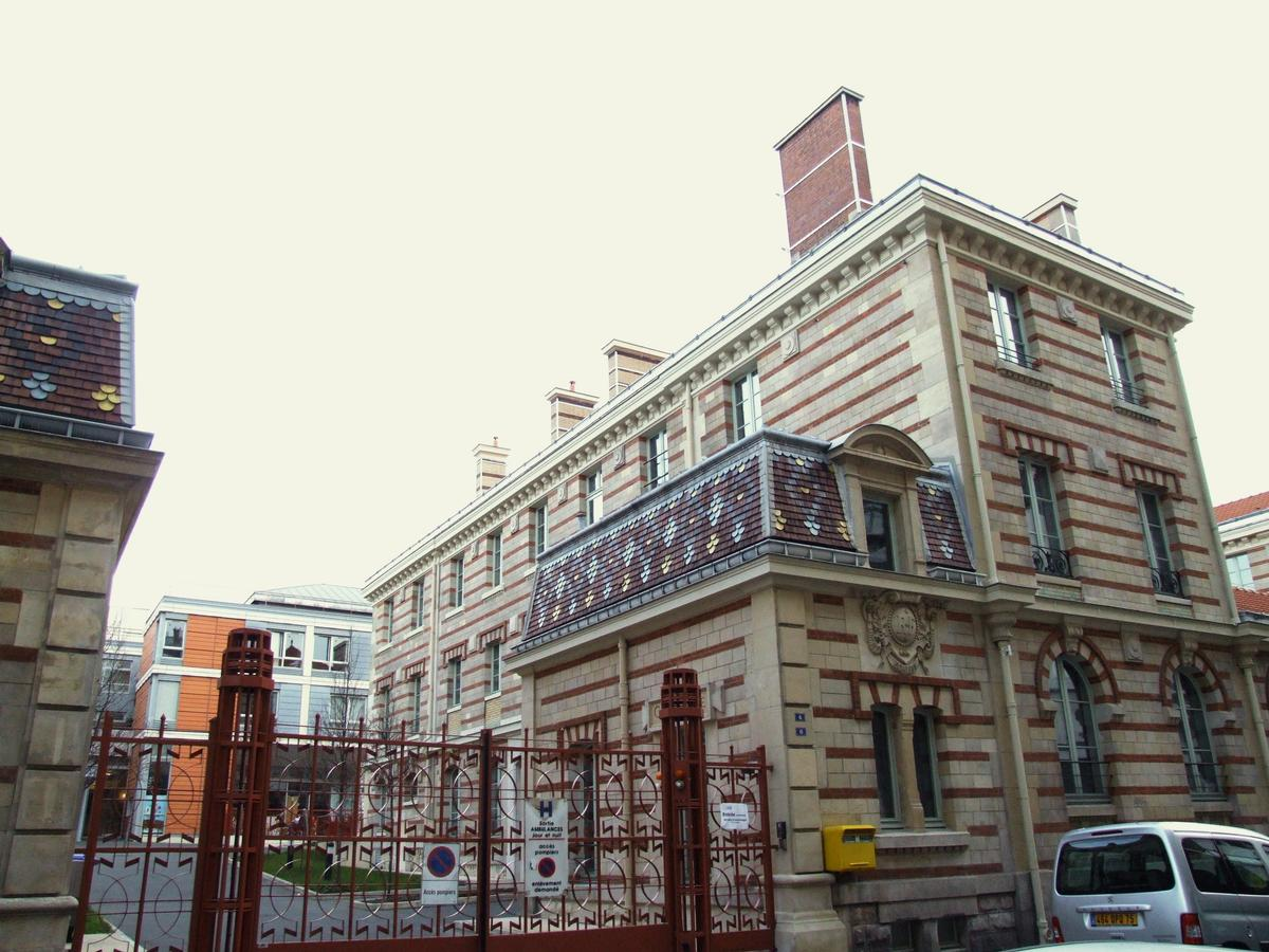 Bretonneau Hospital, Paris