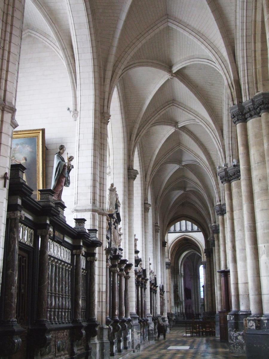 Saint-Omer - Cathédrale Notre-Dame - Bas-côté gauche