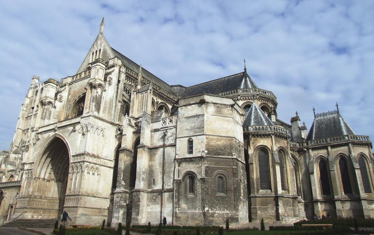 Saint-Omer - Cathédrale Notre-Dame - Ensemble côté sud