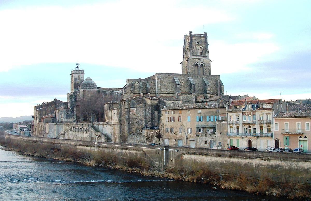 Prieur saint pierre pont saint esprit structurae for L jardine pont saint esprit