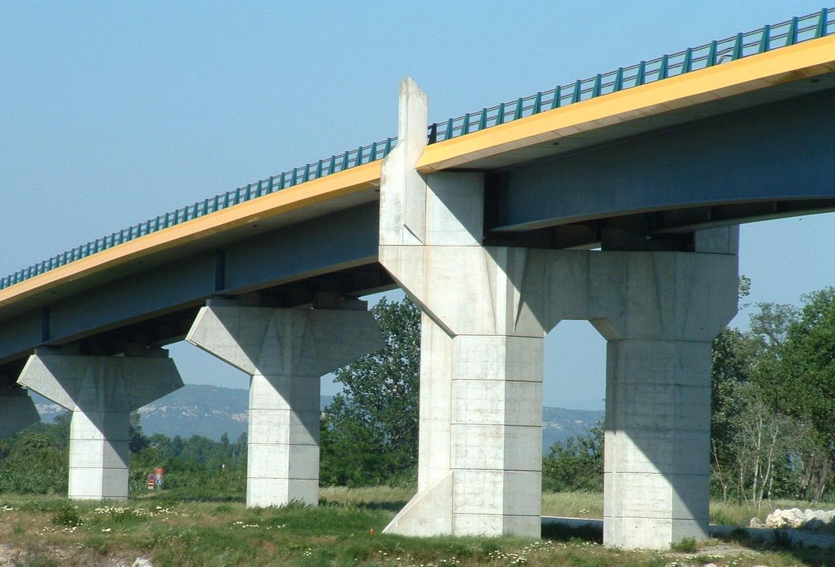 Nouveau pont de pont saint esprit pont saint esprit - Office du tourisme pont saint esprit ...