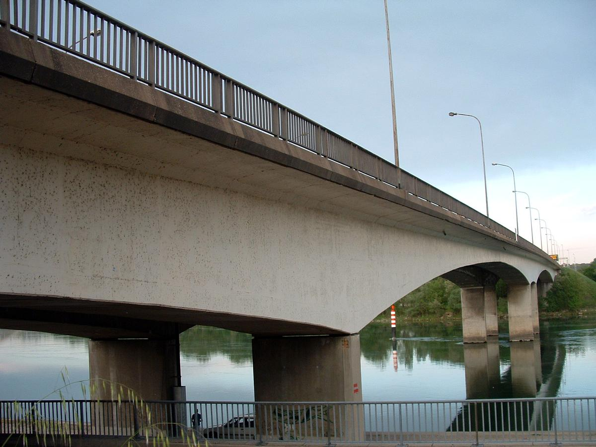 Givors France  city photos : Givors Highway Bridge Chasse sur Rhône/Givors, 1970 | Structurae