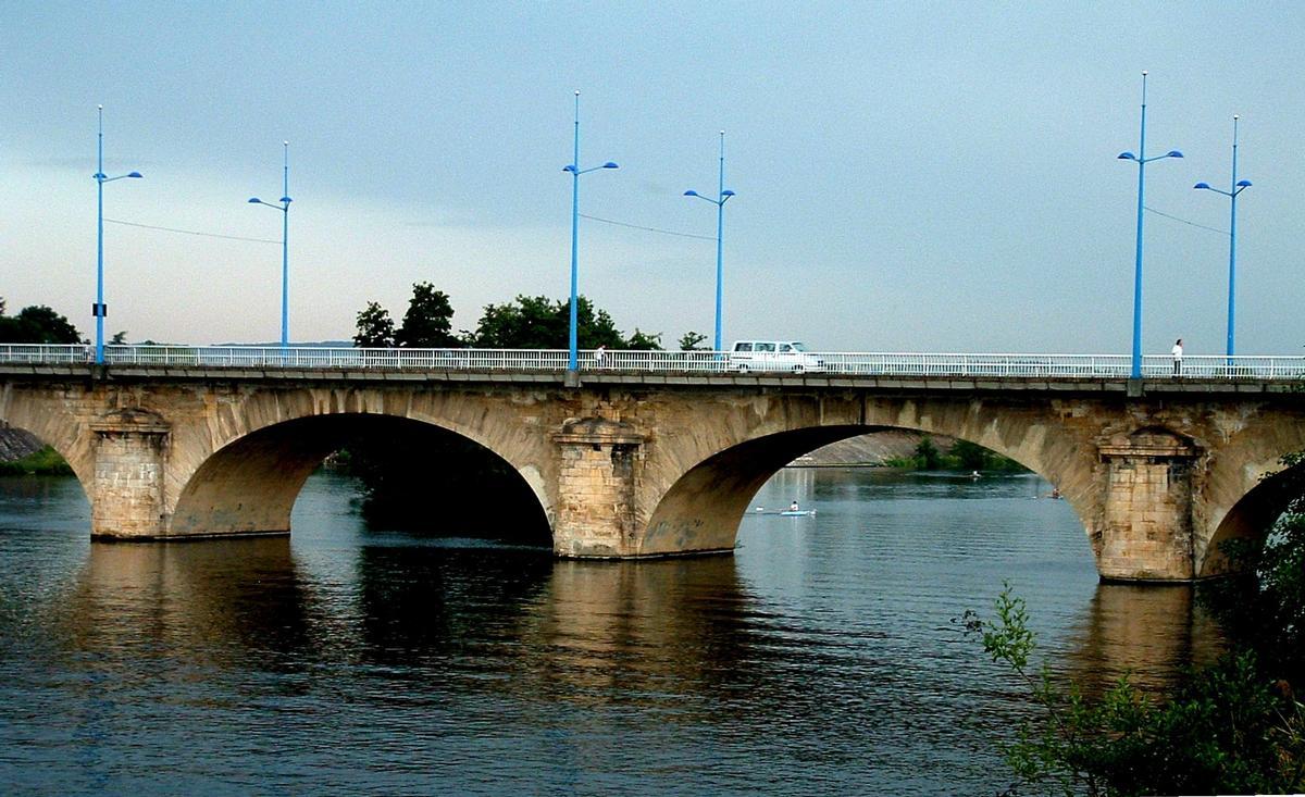 Roanne - Pont routier - Deux travées