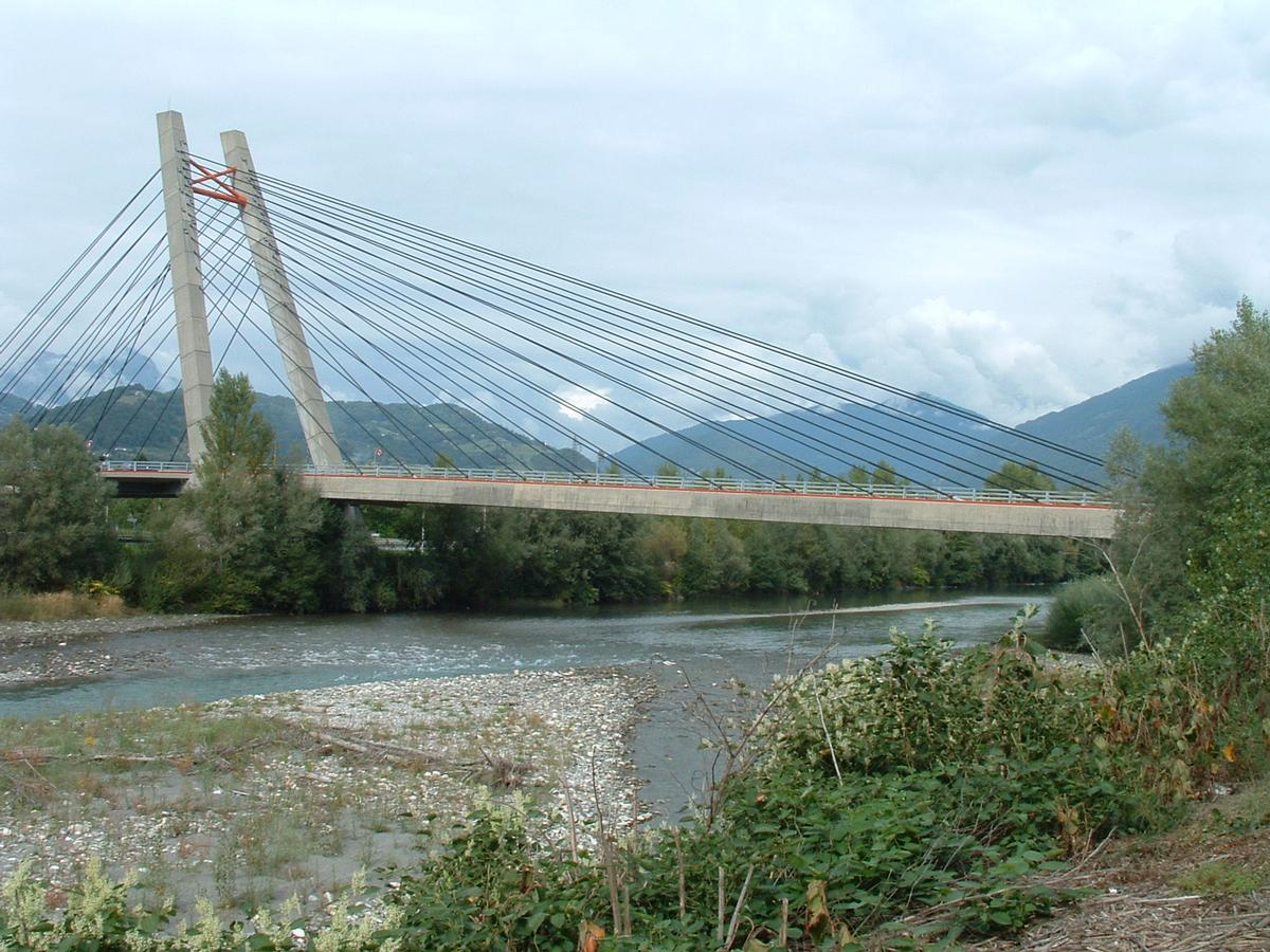 Gilly bridge gilly sur is re 1990 structurae for Piscine gilly sur isere