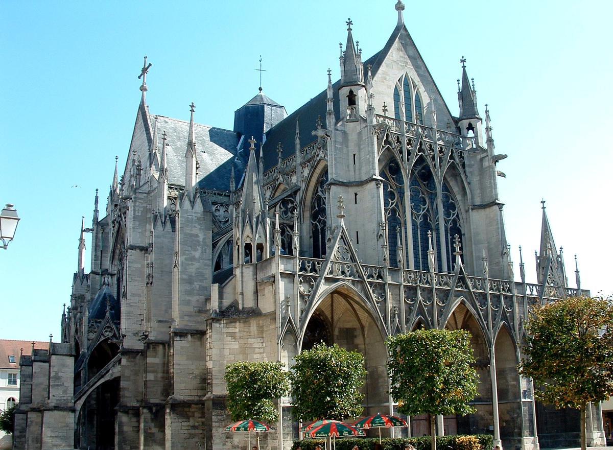 Troyes - Basilique Saint-Urbain - Ensemble vu de l'ouest
