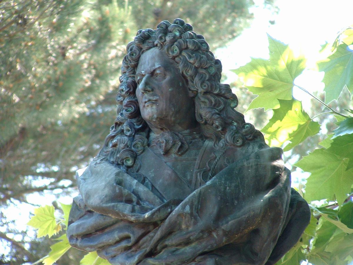 Statue von Sébastien Le Prestre de Vauban in Bazoches-du-Morvan