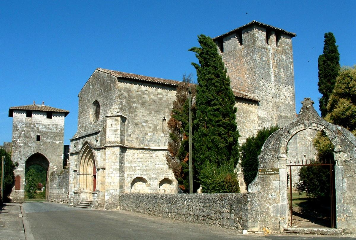 Saint-Christophe Church & Notre-Dame gate at Vianne.