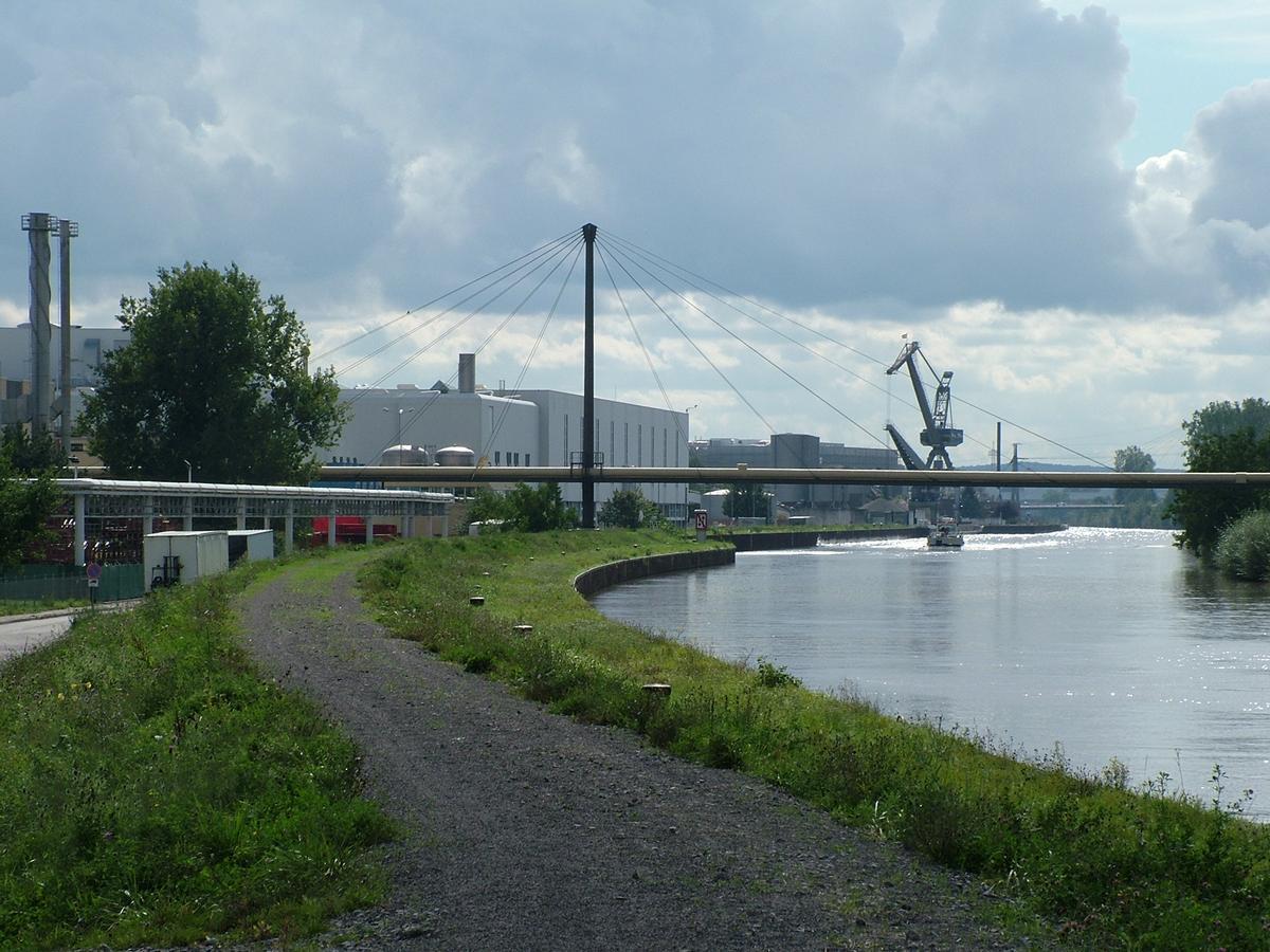 Rohrbrücke in Neckarsulm
