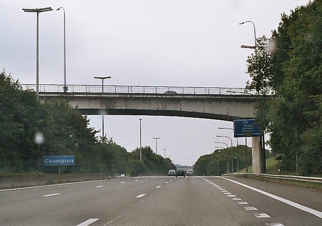 Brücke der Rue de Fernelmont über die E411 in Namur-Champion