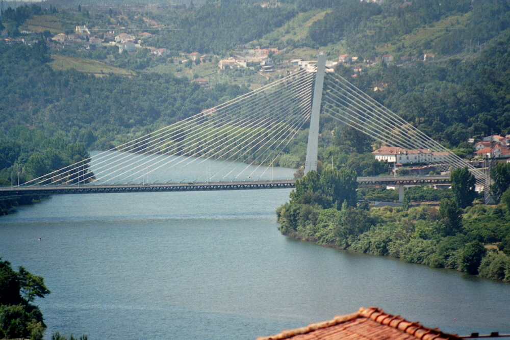Rainha Santa Isabel Bridge, Coimbra
