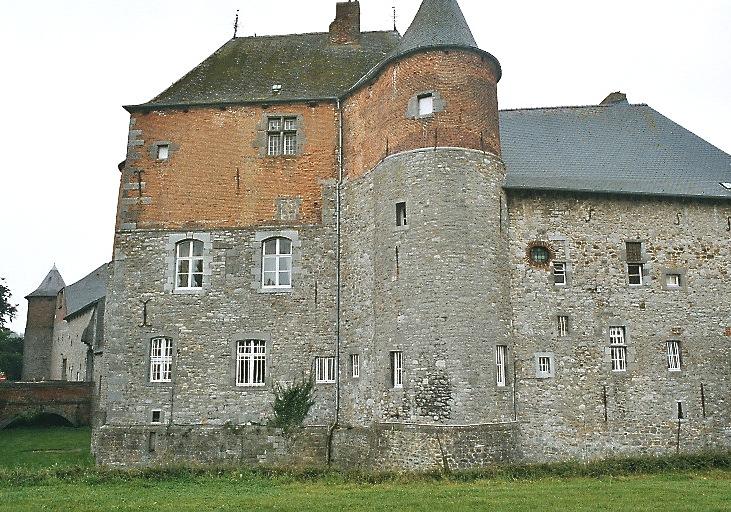 Burg Fosteau, Leers-et-Fosteau