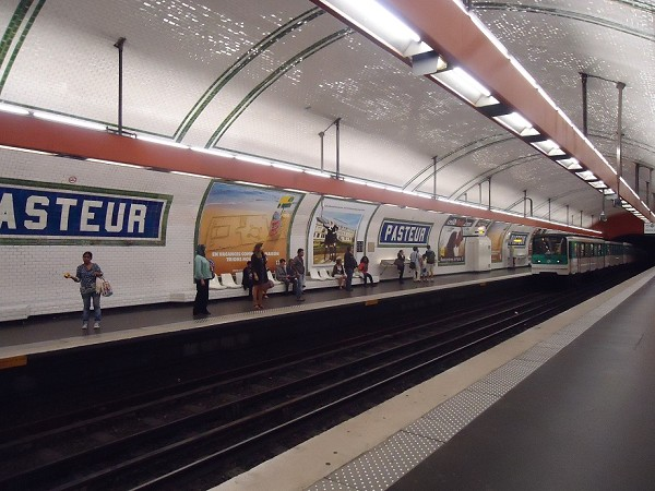 Pasteur Metro Station