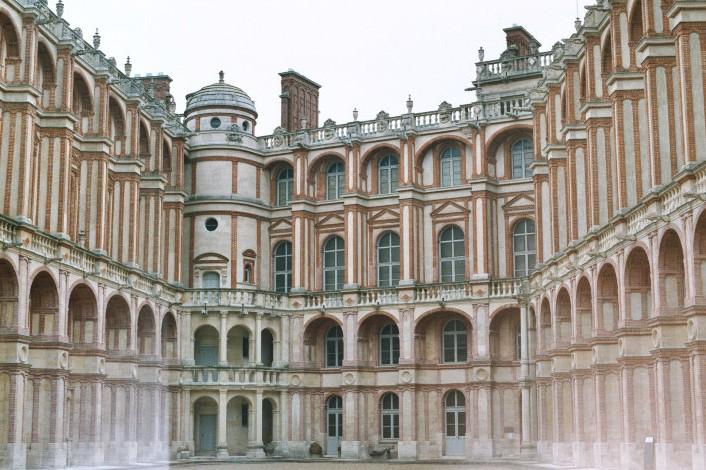 La cour intérieure du château de St-Germain-en-Laye