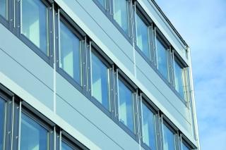 Fenster intelligent im Wandeinsatz integrieren