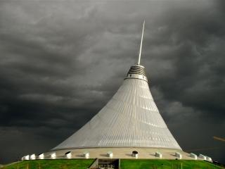 Das Astana Entertainment Center in der kasachischen Hauptstadt Astana: das gröste Zelt der Welt Das Astana Entertainment Center in der kasachischen Hauptstadt Astana: das gröste Zelt der Welt
