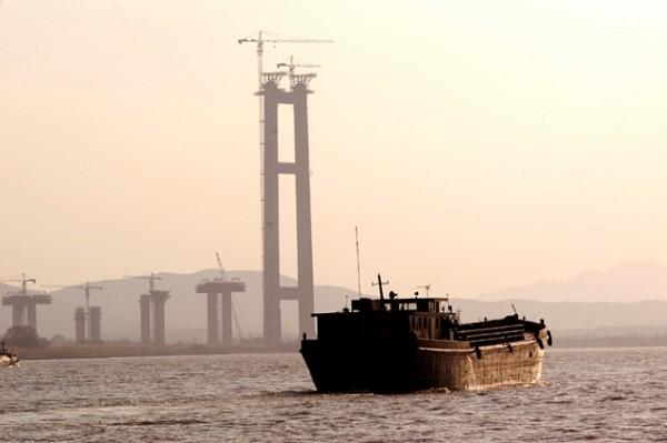 Run Yang-Brücke
