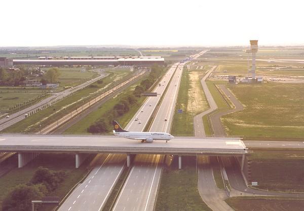 FSX - Taxiway/Runway Bridging over road & Highway | FSDeveloper
