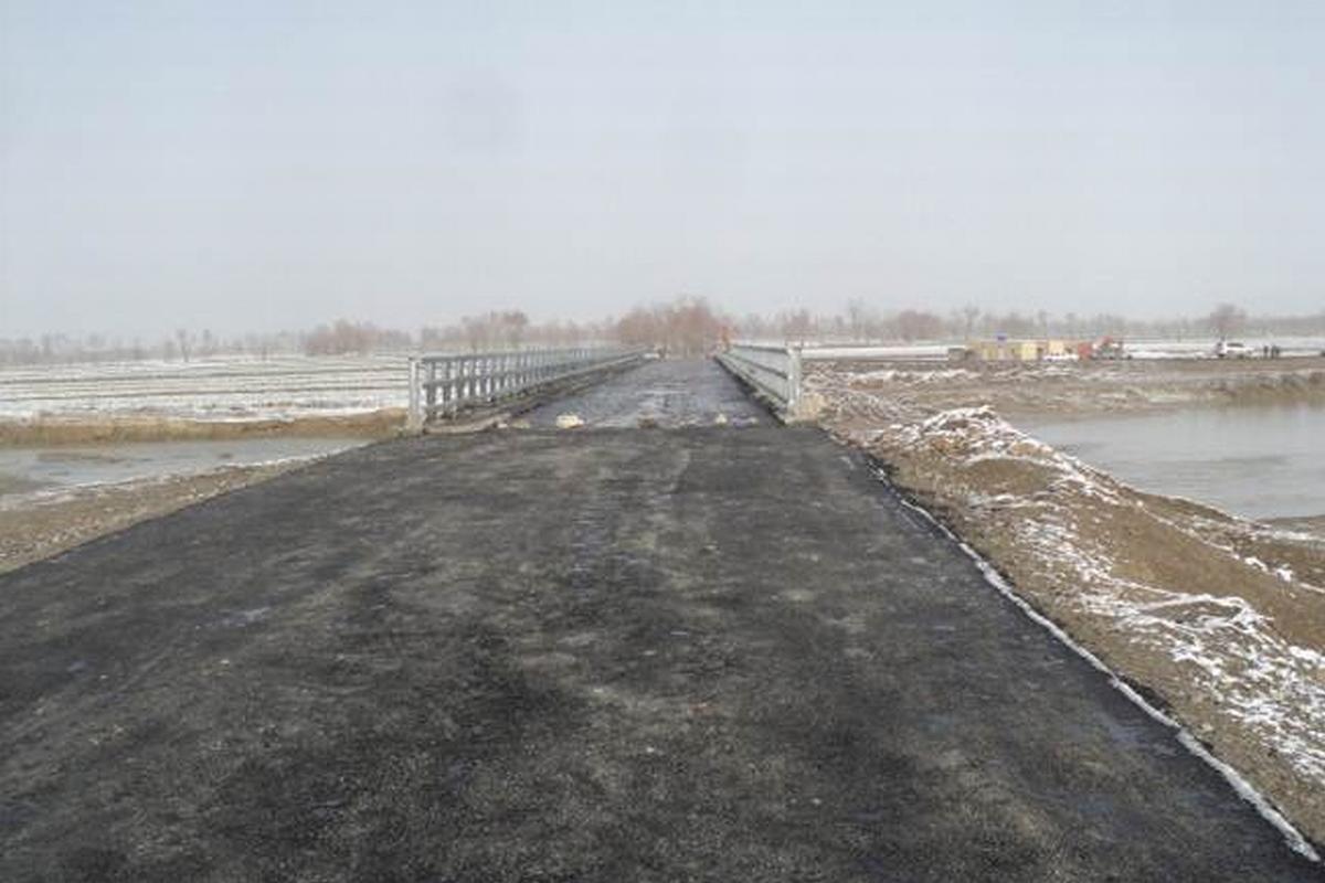Pont Mischa-Meier sur le Kunduz