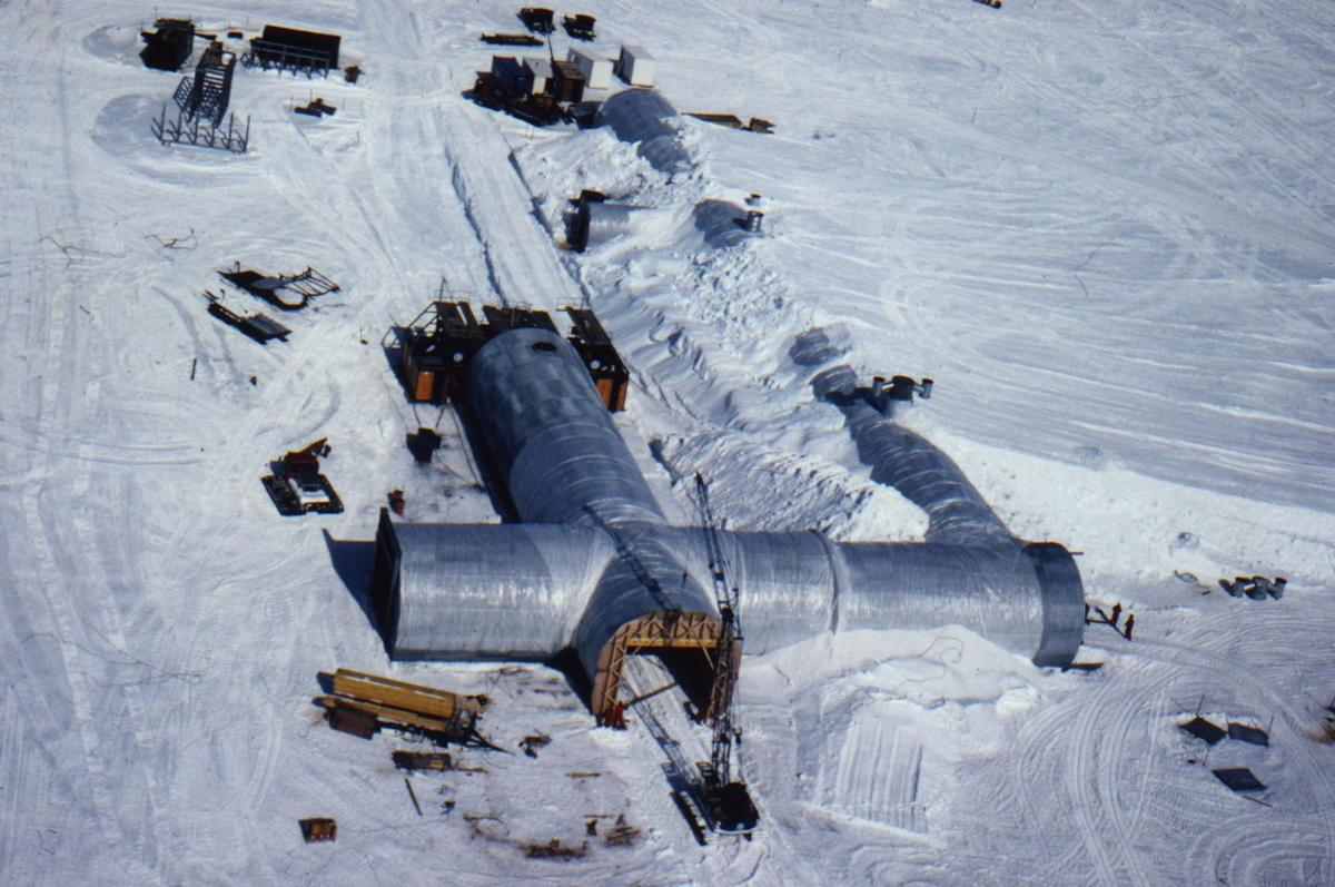 Second German Antarctica research station (repeated crossing of circular profiles, span 8.00 m each)