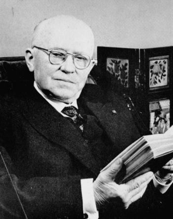 Eugène Freyssinet in seinen achtzigern