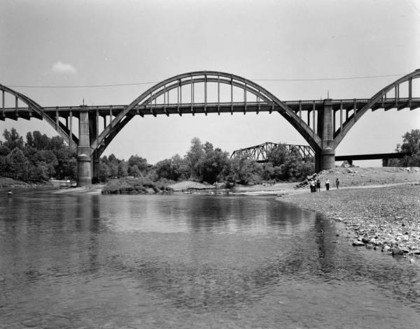 Cotter Bridge, Arkansas.(HAER, ARK,3-COT,1-5)