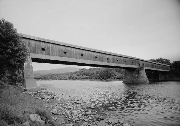 Cornish-Windsor Covered Bridge.(HAER, NH,10-CORN,2-6)